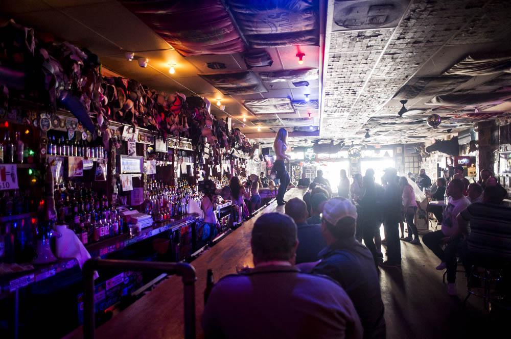 Hogs & Heifers Saloon New York_0199