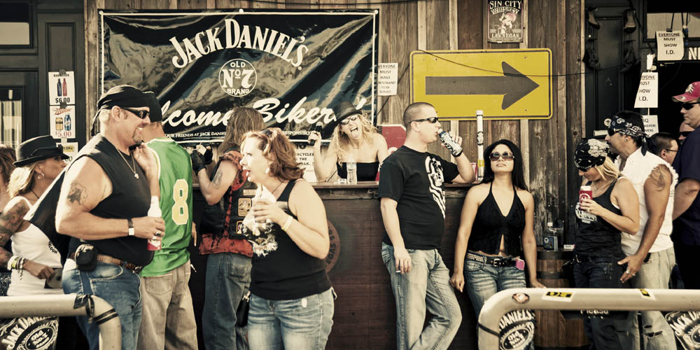 Hogs & Heifers Saloon_0021