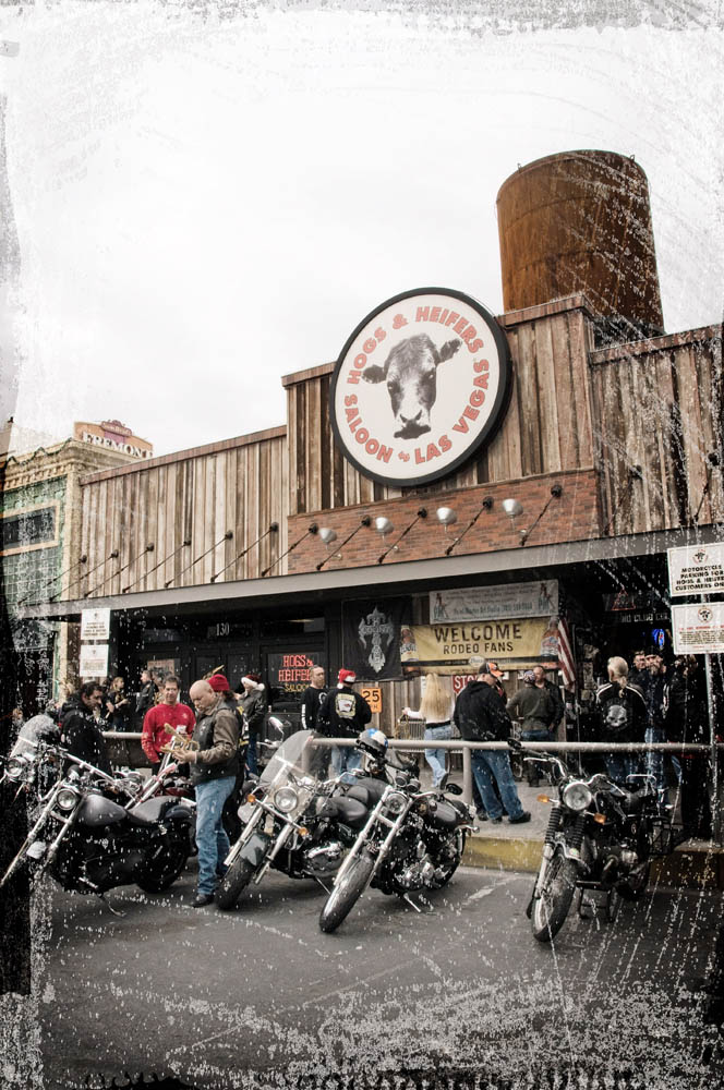 Hogs and Heifers Saloon_0008