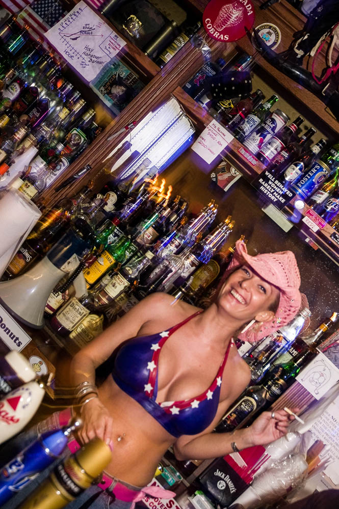 Hogs and Heifers Saloon_0015