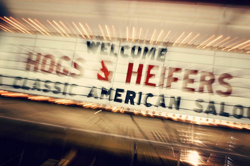 Hogs and Heifers Saloon_0019