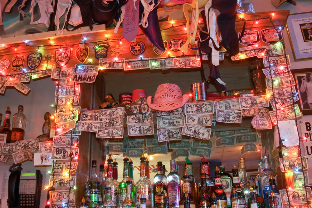 Hogs and Heifers Saloon_0021