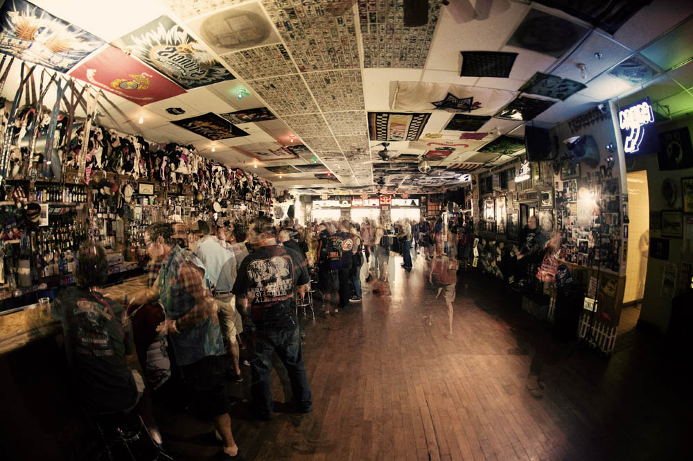 Hogs and Heifers Saloon_0050