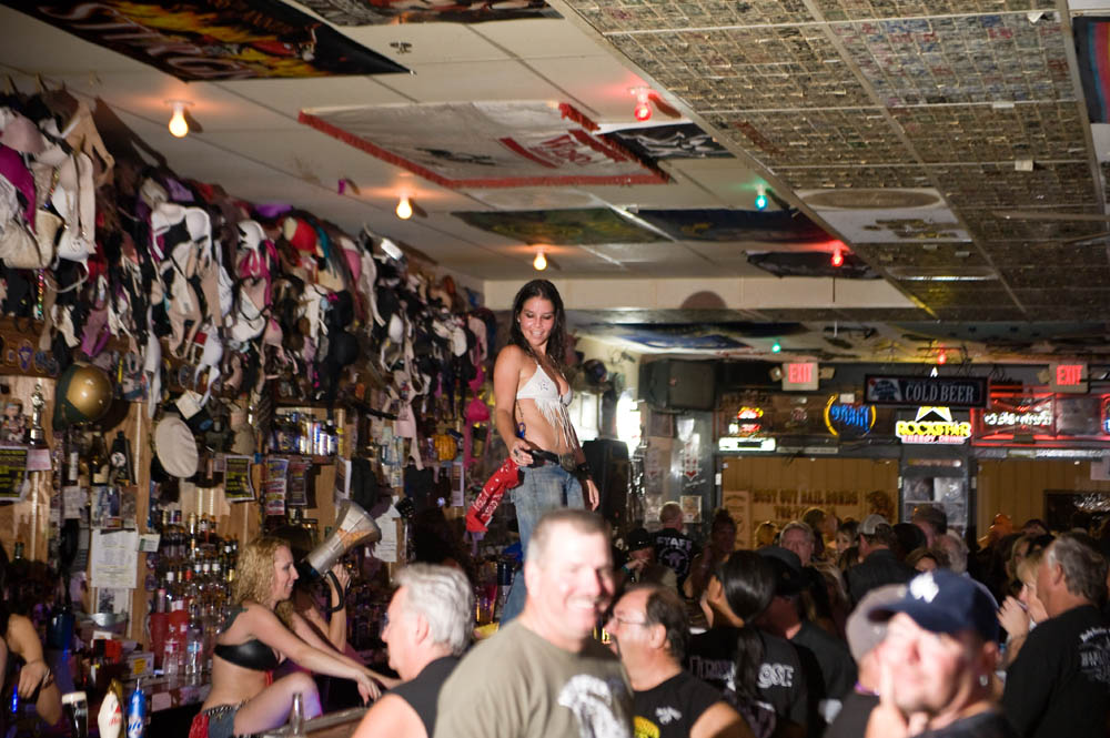 Hogs and Heifers Saloon_0059