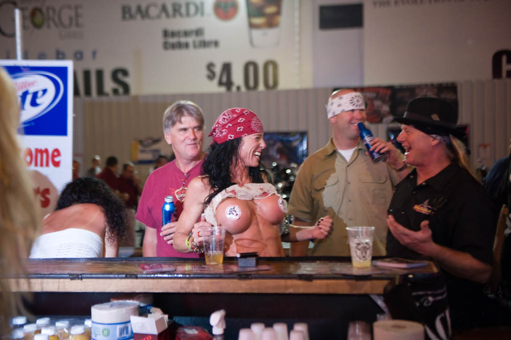 Hogs and Heifers Saloon_0085