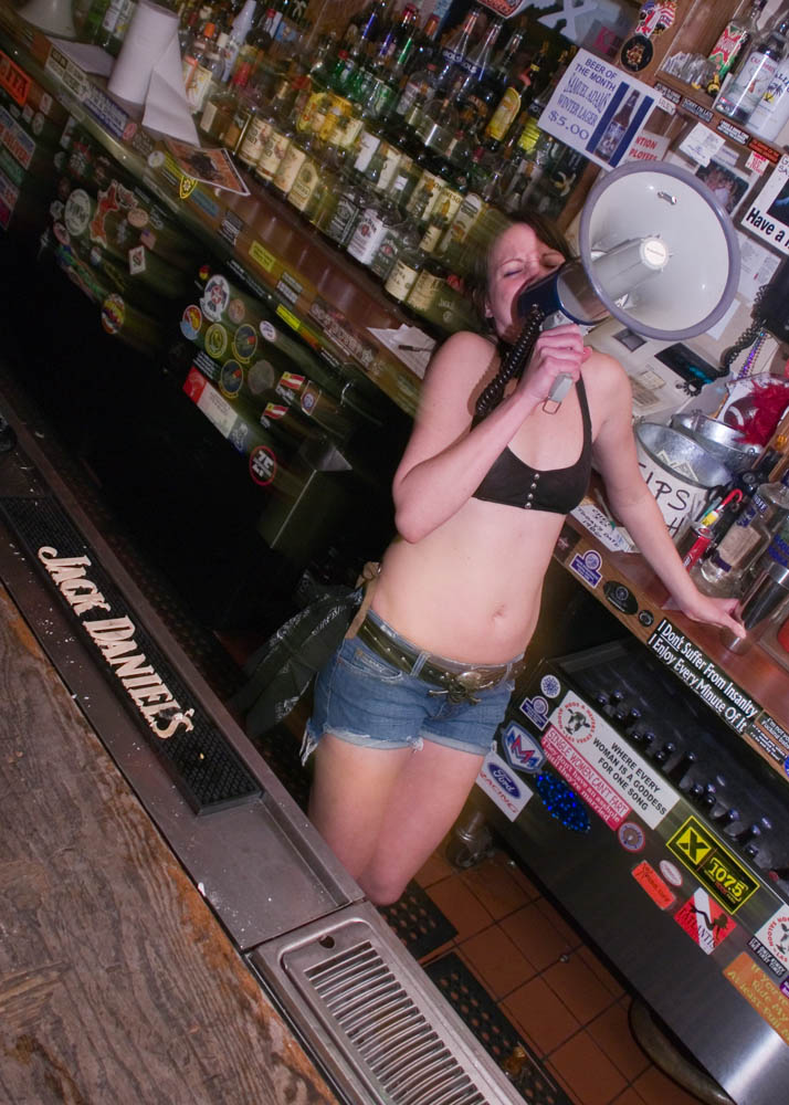 Hogs and Heifers Saloon_0102