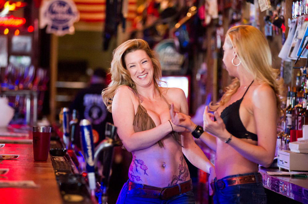 Hogs & Heifers Saloon Las Vegas_0040