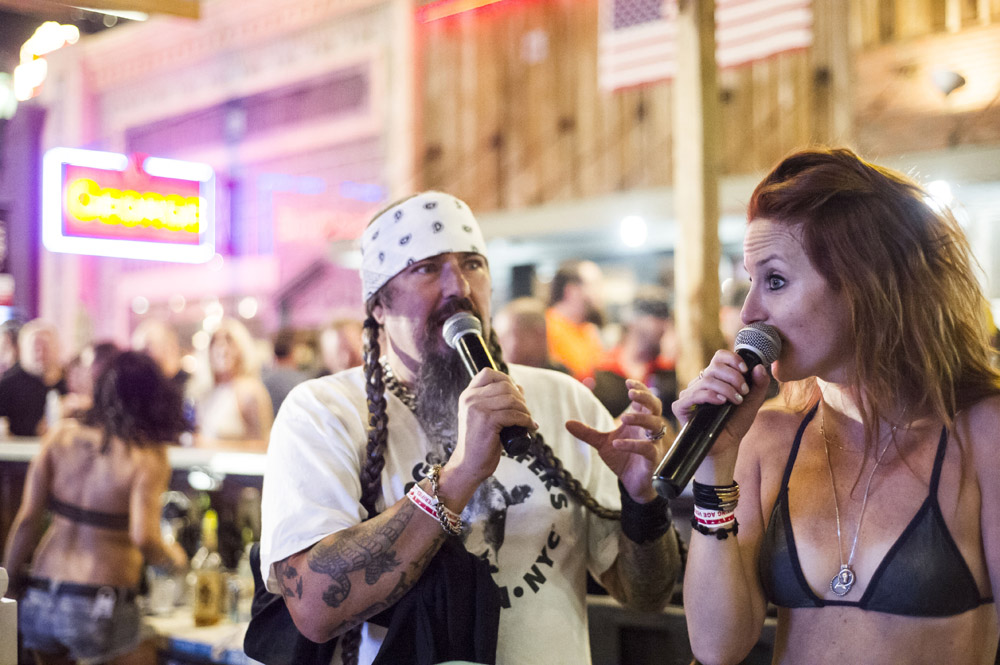 Hogs & Heifers Saloon Las Vegas_0071
