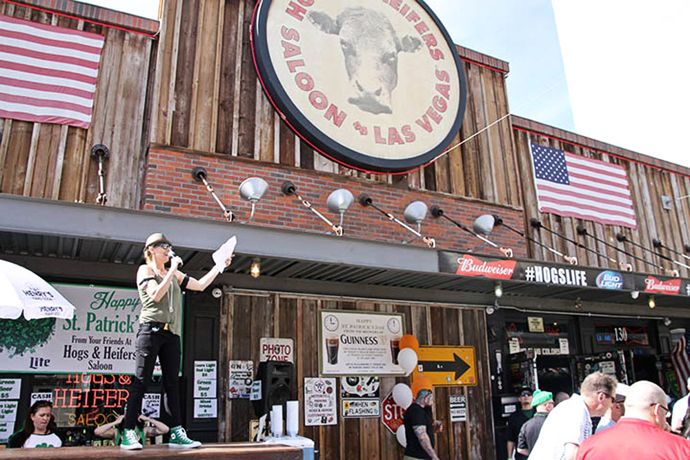 Hogs & Heifers Saloon_0013