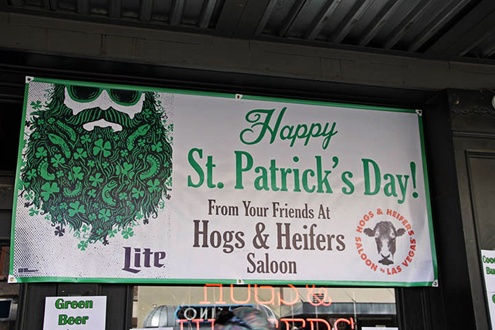 Hogs & Heifers Saloon_0044
