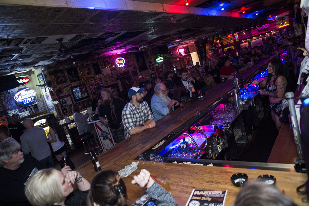 Hogs & Heifers Saloon_0176