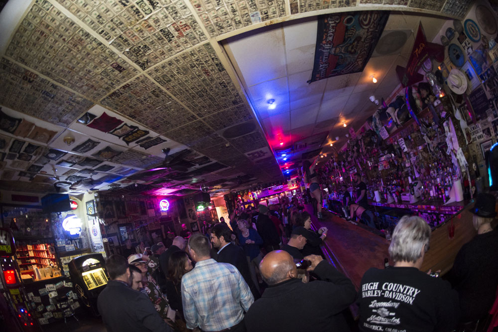 Hogs & Heifers Saloon_0206