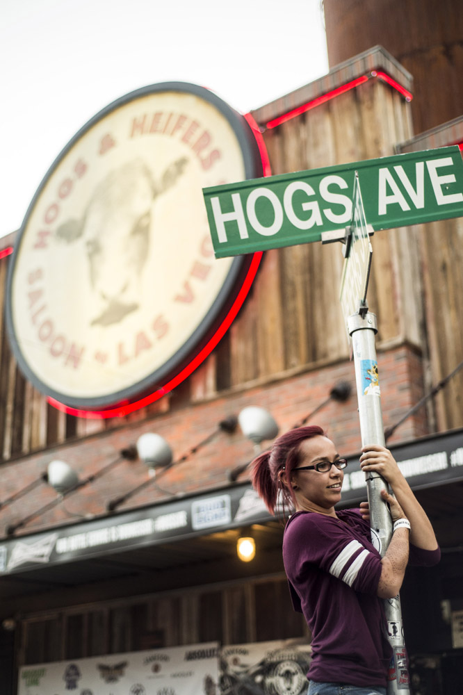 Hogs & Heifers Saloon Las Vegas_0005