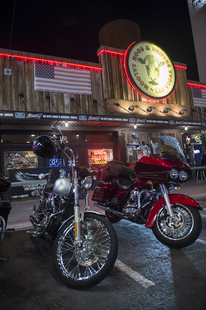 Hogs_and_Heifers_Saloon_Las_Vegas_0145