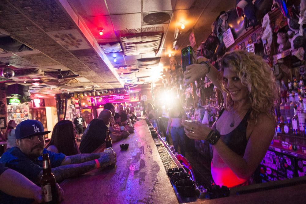 Hogs_and_Heifers_Saloon_Las_Vegas_0156