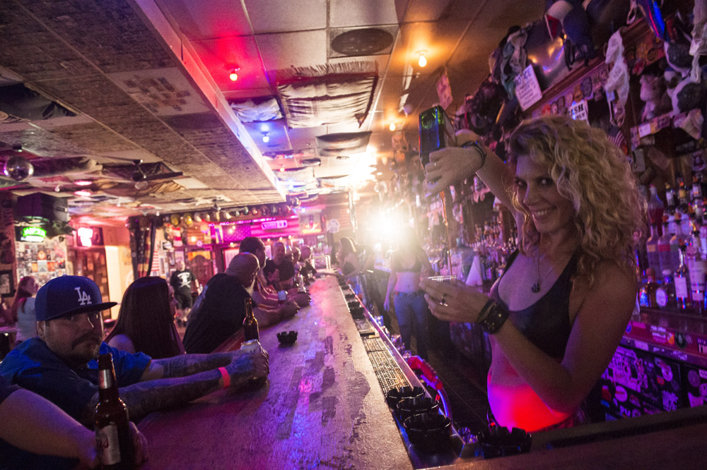 Hogs_and_Heifers_Saloon_Las_Vegas_0156