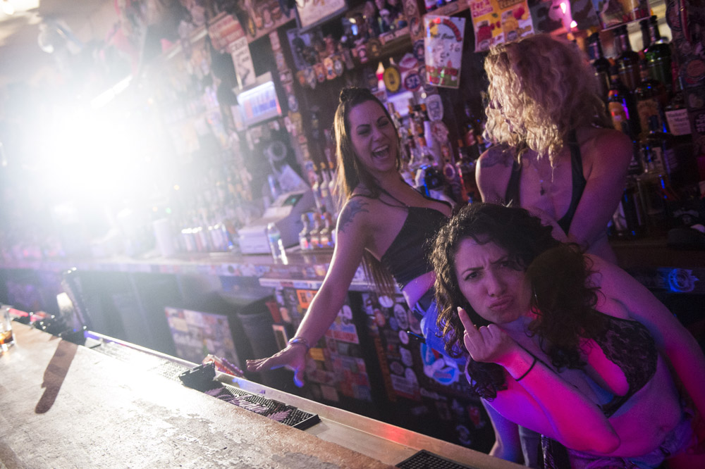 Hogs_and_Heifers_Saloon_Las_Vegas_0162