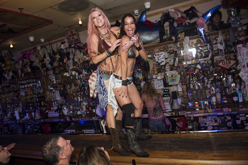 Hogs_and_Heifers_Saloon_Las_Vegas_0219