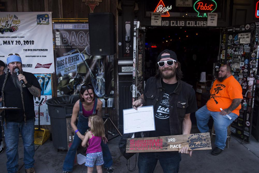 Hogs_and_Heifers_Saloon_Las_Vegas_0341