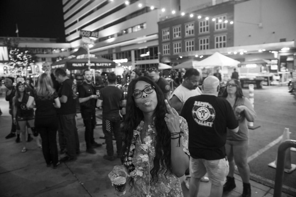 Hogs_and_Heifers_Saloon_Las_Vegas_0370
