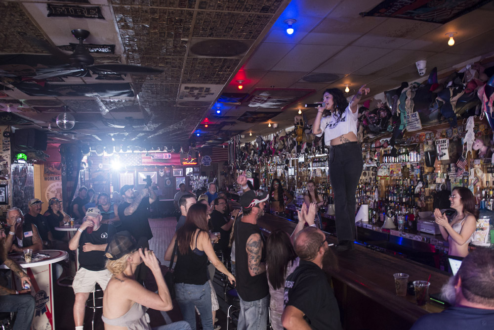 Hogs_and_Heifers_Saloon_Las_Vegas_0383