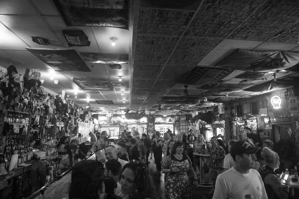 Hogs & Heifers Saloon_0852
