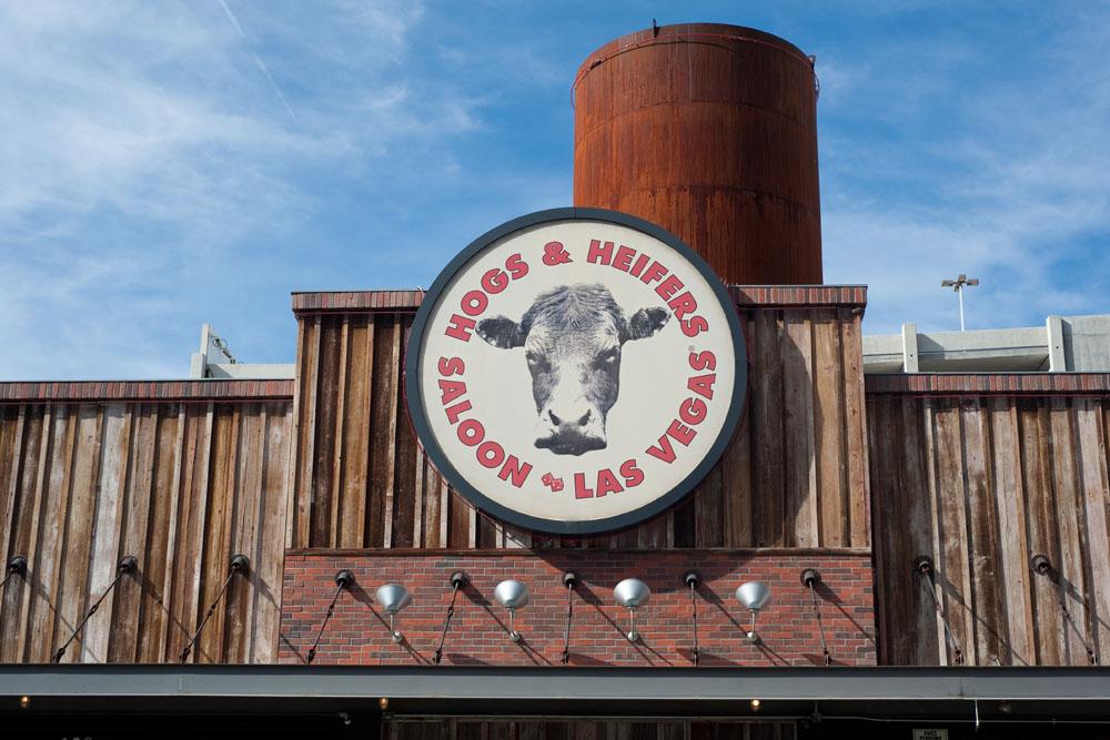 Hogs & Heifers Saloon_Las Vegas Dive Bars_0280