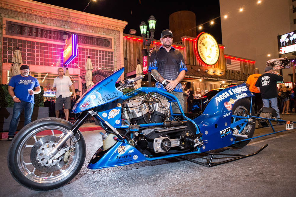Hogs & Heifers Saloon_Las Vegas _Biker Bar0306