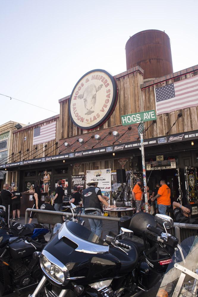 Hogs & Heifers Saloon_Las Vegas _Biker Bar0311