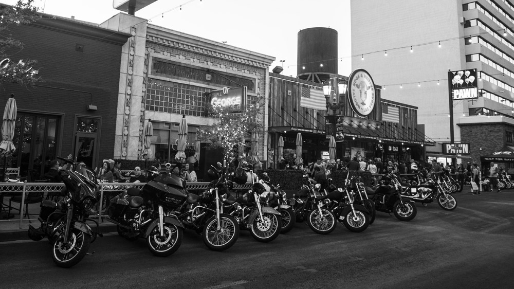 Hogs & Heifers Saloon_Las Vegas _Biker Bar0315