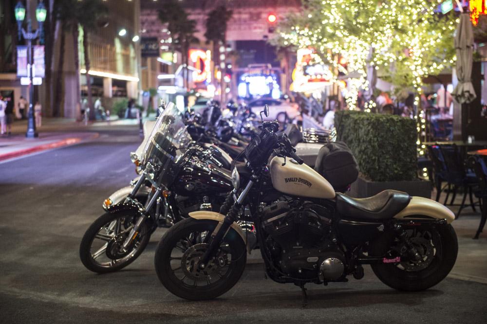 Hogs & Heifers Saloon_Las Vegas _Biker Bar0319
