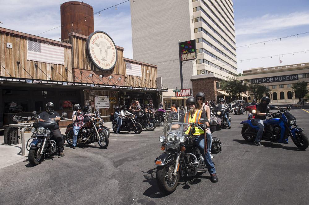 Hogs & Heifers Saloon_Las Vegas _Biker Bar0328