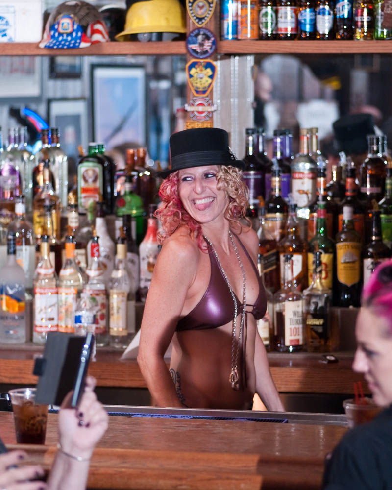 Hogs and Heifers Saloon_0046