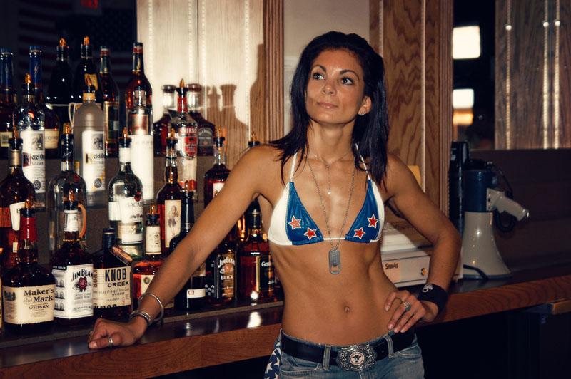 Hogs & Heifers Saloon_Las Vegas_Bartenders_0001