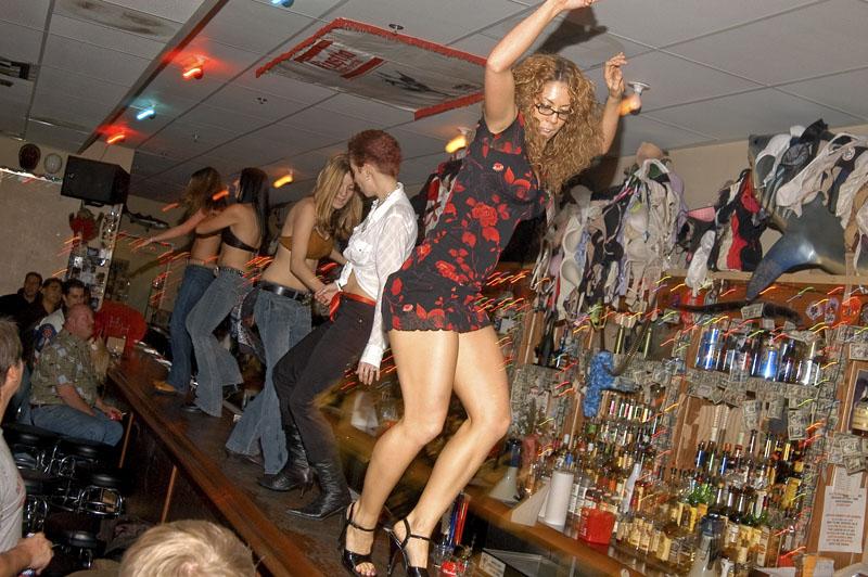 Hogs & Heifers Saloon_Las Vegas_Bartenders_0017