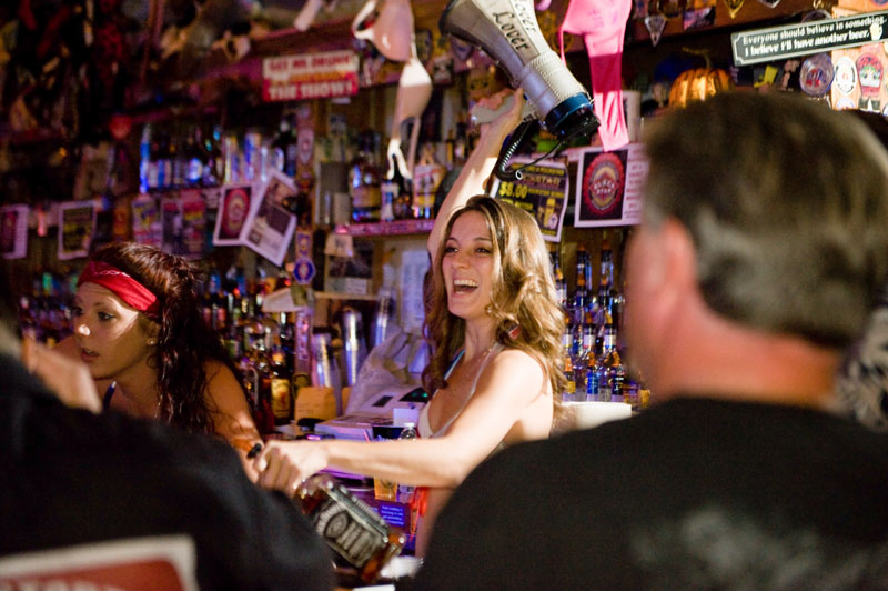 Hogs & Heifers Saloon_Las Vegas_Bartenders_0051