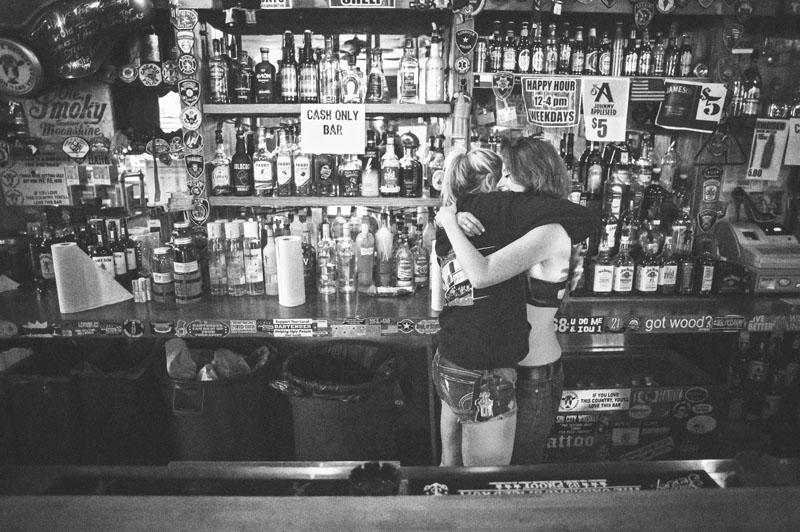 Hogs & Heifers Saloon_Las Vegas_Bartenders_0120