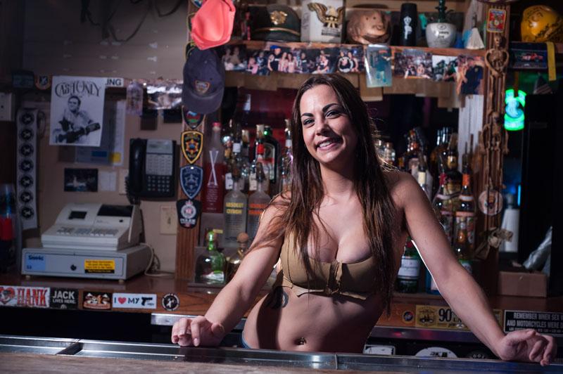 Hogs & Heifers Saloon_Las Vegas_Bartenders_0127