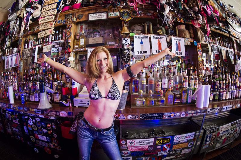 Hogs & Heifers Saloon_Las Vegas_Bartenders_0174