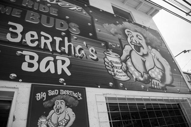 Hogs & Heifers Saloon_Sturgis_0099