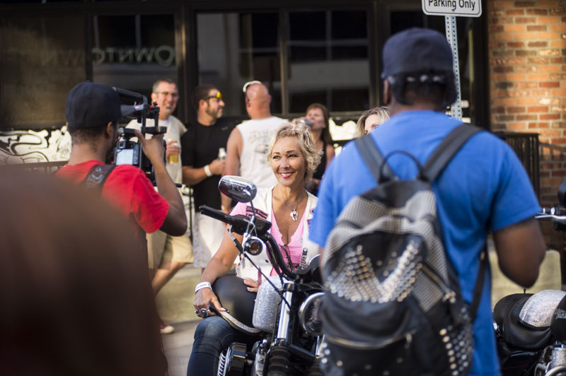 Babes_in_the_Alley_Hogs_and_Heifers_Sturgis_2018_0012