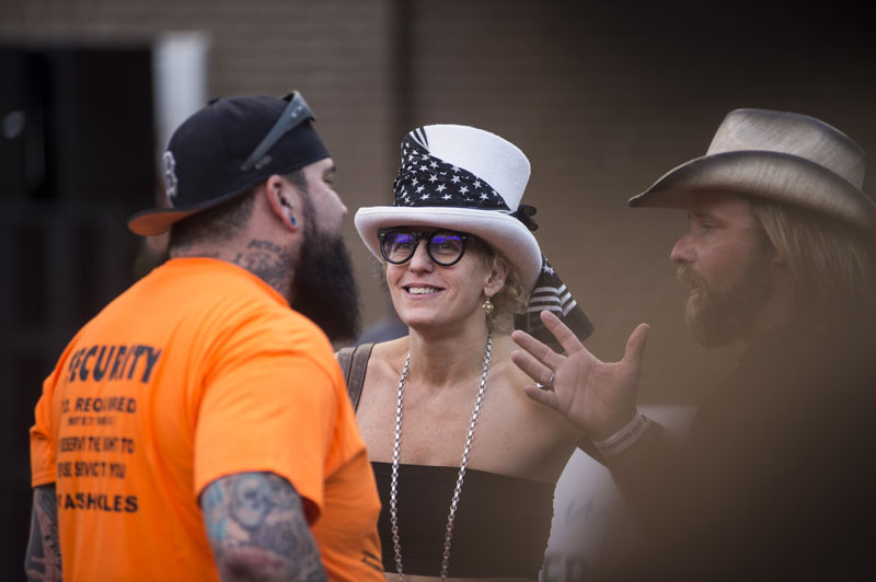 Babes_in_the_Alley_Hogs_and_Heifers_Sturgis_2018_0019