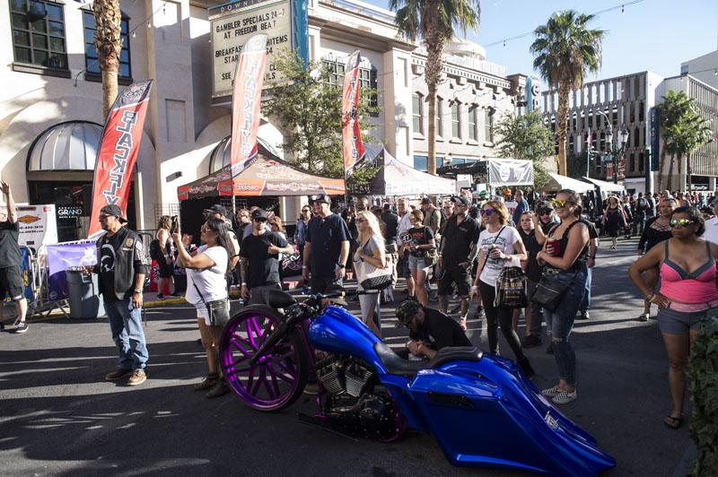 Hogs & Heifers Saloon_Las Vegas Bike Week_1109