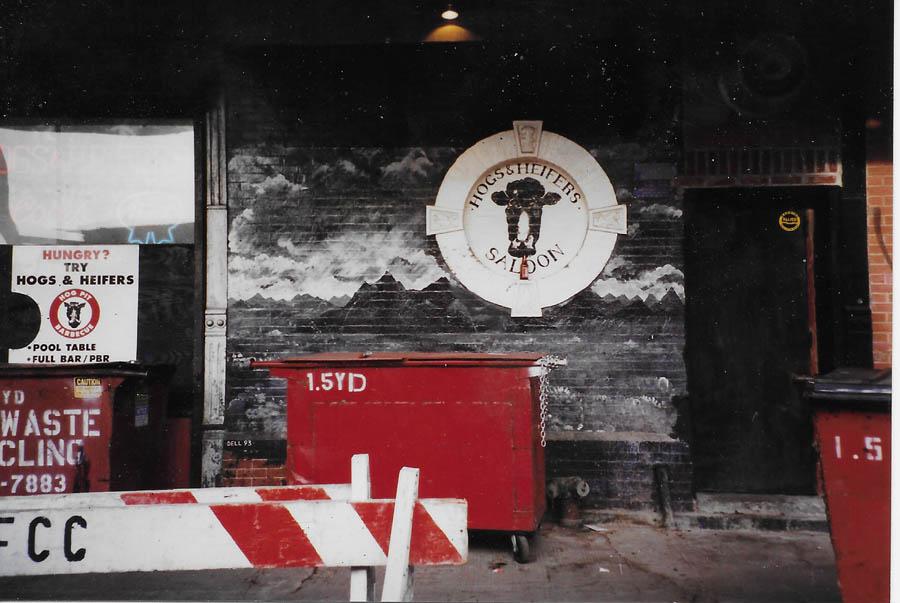 Hogs & Heifers Saloon_New York_400021