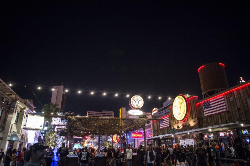 Hogs & Heifers Saloon_Las Vegas Bike Week_0929