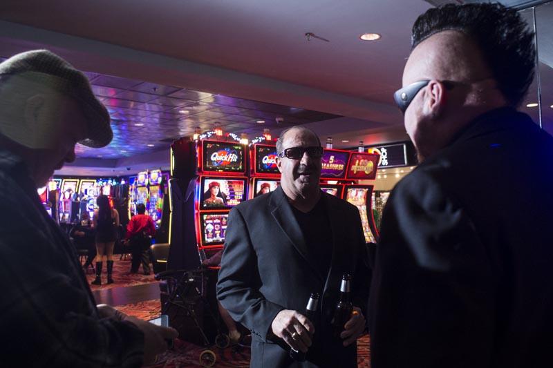 Hogs & Heifers Saloon Las Vegas_Moonshine Bandits_006463