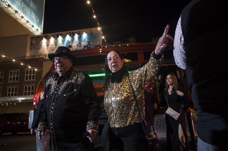 Hogs & Heifers Saloon Las Vegas_Moonshine Bandits_006490