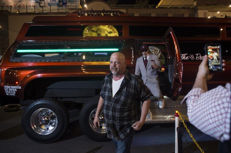 Hogs & Heifers Saloon Las Vegas_Moonshine Bandits_006491