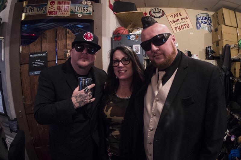 Hogs & Heifers Saloon Las Vegas_Moonshine Bandits_006512