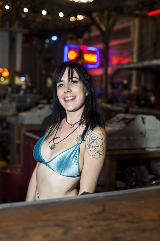 Hogs & Heifers Saloon Las Vegas_Bartenders_000220